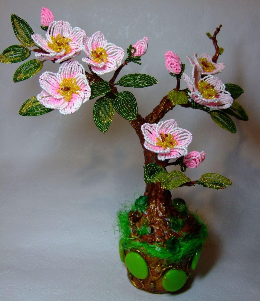 Цветущая яблоня из бисера пошаговое
