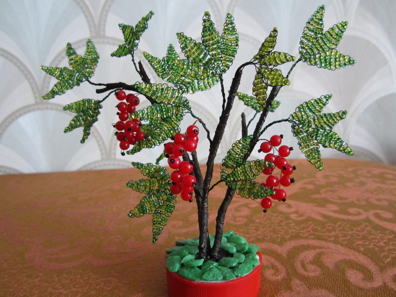 Как превратить куст смородины в дерево? В саду (Огород. ru) 91